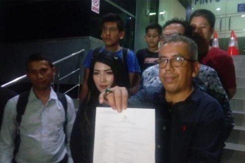 Gelapkan Uang Arisan, Penyanyi Dangdut Ini Dilaporkan ke Polisi