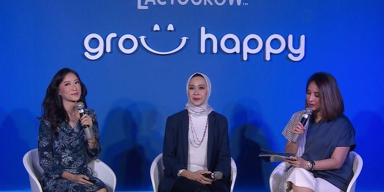 Dr.dr.Ariani Dewi Widodo Sp.A (kiri) dan psikolog Ayoe Sutomo dalam talkshow Nestle Lactogrow yang disiarkan secara online (19/3).