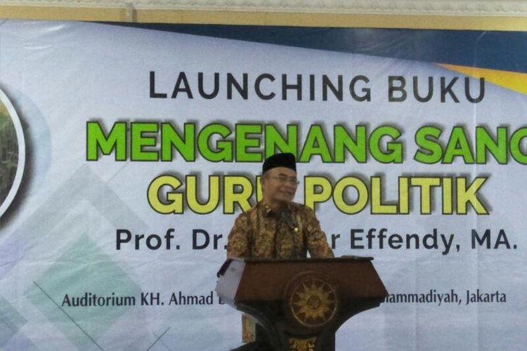 Menko PMK Muhadjir Effendy Saat Menghadiri Acara Peluncuran Buku Mengenang Sang Guru Politik Bahtiar Effendy di Kantor PP Muhammadiyah, Jakarta, Senin (10/2/2020)