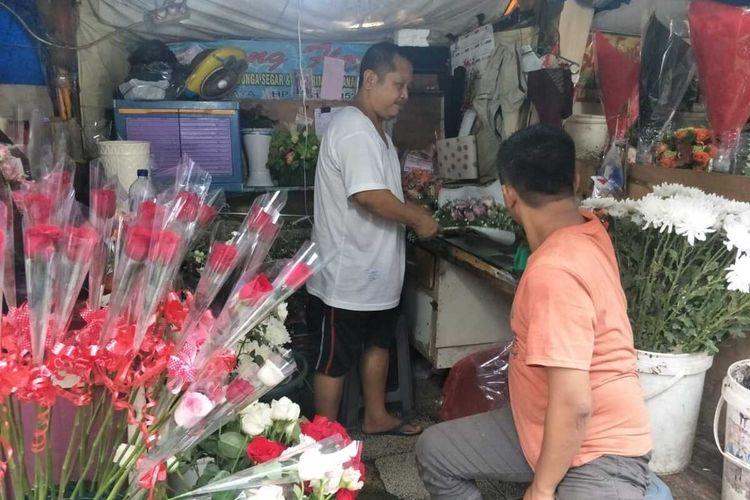 Kondisi Pasar Kembang Cikini, Menteng, Jakarta Pusat di hari valentine, Jumat (14/2/2020)