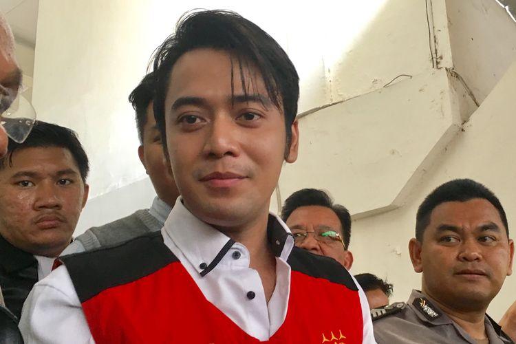 Artis peran Kriss Hatta saat ditemui di Pengadilan Negeri Jakarta Selatan, Rabu (23/10/2019).