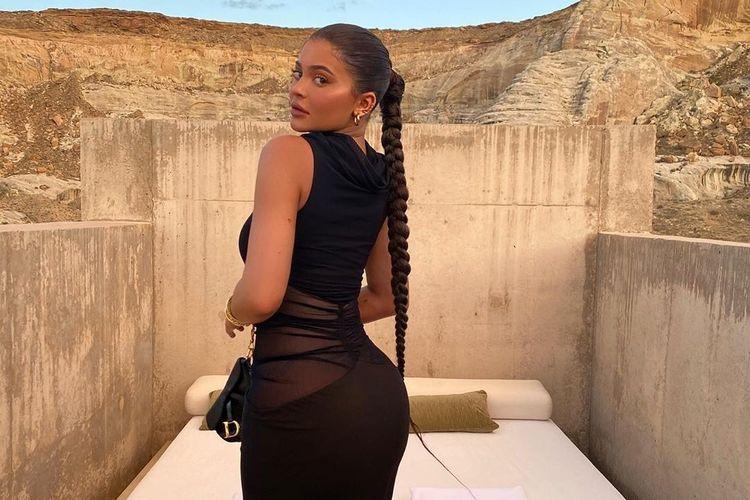Kylie Jenner menghabiskan waktu liburannya di resor Amangiri di Canyon Point, Utah.