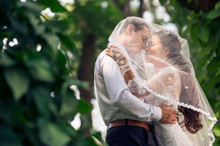 Ilustrasi pernikahan outdoor