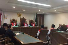 Sujud Syukur Terdakwa Kerusuhan 22 Mei yang Bisa Langsung Bebas Usai Divonis