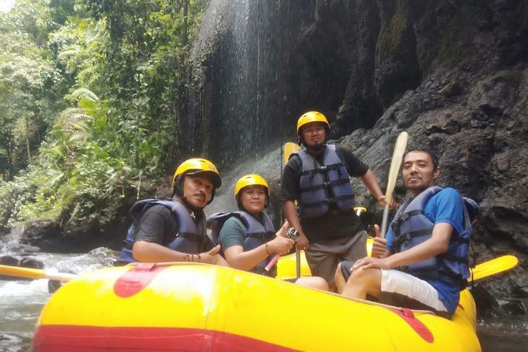 Songa rafting menawarkan olahraga pemacu adrenalin dan pemandangan natural