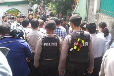 Kampanye di Pejaten, Ahok Dikawal Polisi Bersenjata Gas Air Mata