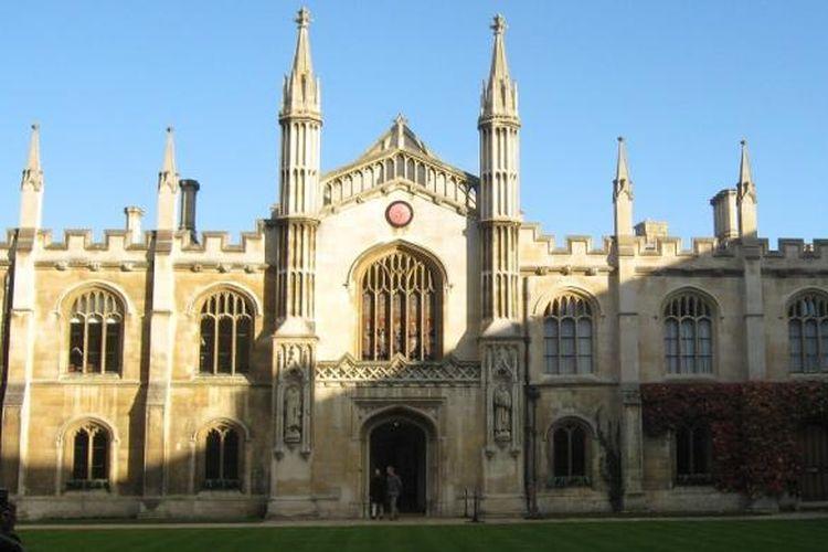 Salah satu sudut Kompleks University of Cambridge Inggris.