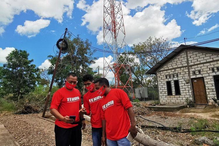 Telkomsel melalui Tim Siaga Bencana TERRA (Telkomsel Emergency Response & Recovery Activity) berupaya maksimal untuk memulihkan layanan telekomunikasi akibat bencana banjir bandang yang terjadi di sejumlah wilayah Provinsi Nusa Tenggara Timur