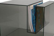 Akali Keterbatasan Ruang dengan Perabot Transparan!
