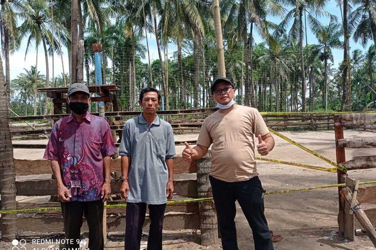 Lapangan voli di Kecamatan Cimanggu dipasang garis polisi setelah sempat digelar pertandingan antar kampung yang memicu kerumunan, Sabtu (6/2/2021)