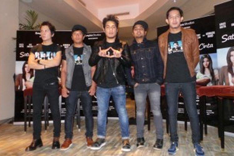Band Armada