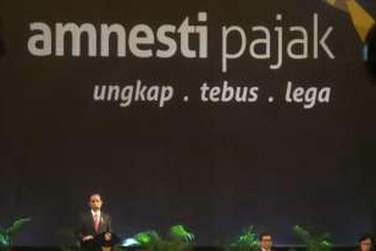 Presiden Joko Widodo saat memberikan sosialisasi UU Amnesty Pajak kepada 10.000-an pelaku usaha di JI-EXPO Kemayoran, Jakarta Pusat, Senin (1/8/2016).