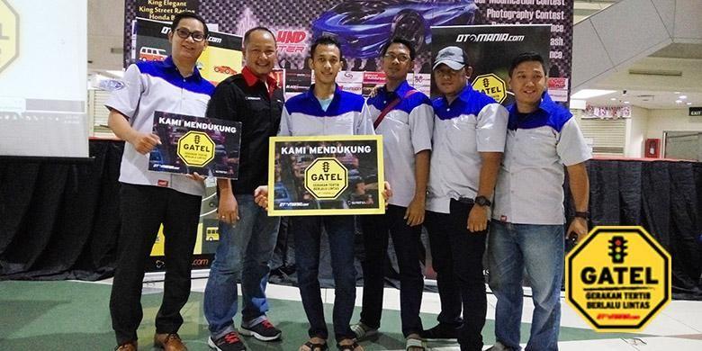Anggota Datsun Go  Clun Indonesia (DGCI) mengikuti kegiatan Kumpul Komunitas Otomania di MGK Kemayoran