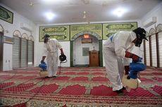 Cegah Virus Corona, Sejumlah Masjid di Jakarta Disemprotkan Disinfektan