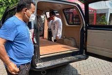 Mobil Dinas Kelurahan Rorotan Disulap Jadi Ambulans untuk Bawa Jenazah Pasien Covid-19 ke TPU