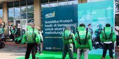 Cegah Penularan Virus di Masa New Normal, Grab Pasang Partisi Plastik di Setiap Armada