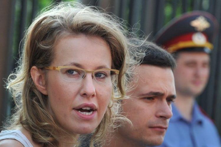 Bintang televisi Rusia Ksenia Sobchak yang menantang Vladimir Putin dalam pemilihan presiden tahun depan.