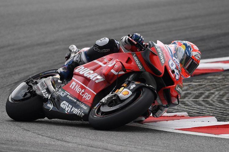 Dovi saat balapan di MotoGP Malaysia 2019. (Photo by Mohd RASFAN / AFP)
