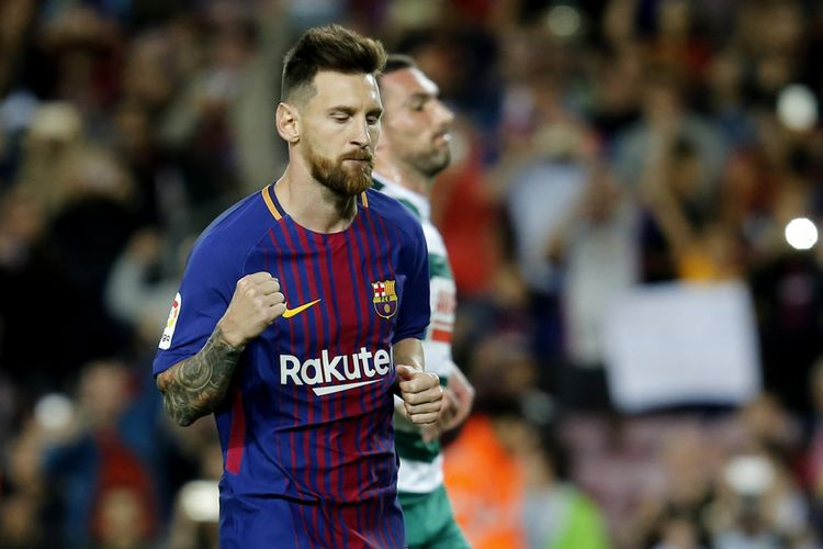 Penyerang Barcelona, Lionel Messi, melakukan selebrasi setelah mencetak gol ke gawang Eibar dalam pertandingan La Liga di Camp Nou, Barcelona, Selasa (19/9/2017).