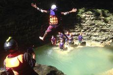 Kunjungi Kalisuci, Lee Seung Gi dan Jasper Liu Jajal Cave Tubing
