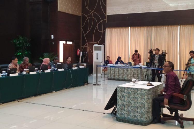 Calon pimpinan (Capim) Komisi Pemberantasan Korupsi (KPK) periode 2019-2023, Jasman Panjaitan, dalam tes wawancara dan uji publik capim KPK di Gedung Kementerian Sekretariar Negara, Jakarta Pusat, Rabu (28/8/2019).