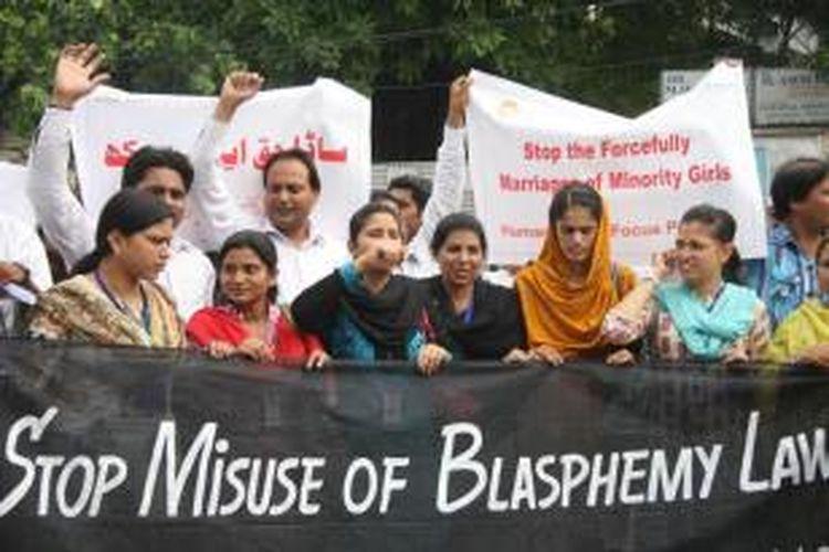 Sekelompok orang di Pakistan menginginkan agar undang-undang anti-penistaan agama diamandemen karena kerap disalahgunakan dan dipakai untuk kepentingan pribadi.