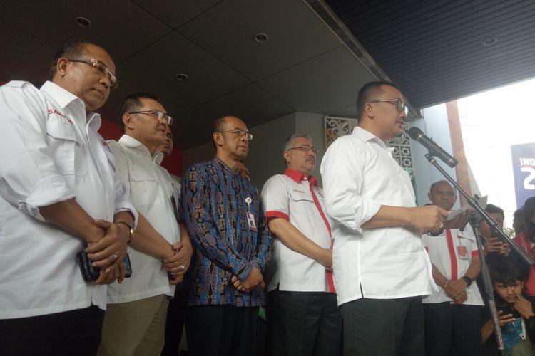 Menteri Pemuda dan Olahraga, Imam Nahrawi saat menyampaikan pengunduran dirinya di Kantor Kemenpora, Jakarta, Kamis (19/9/2019).