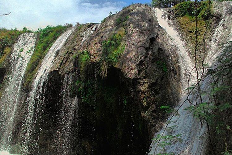 Air Terjun Gajahan di Tuban