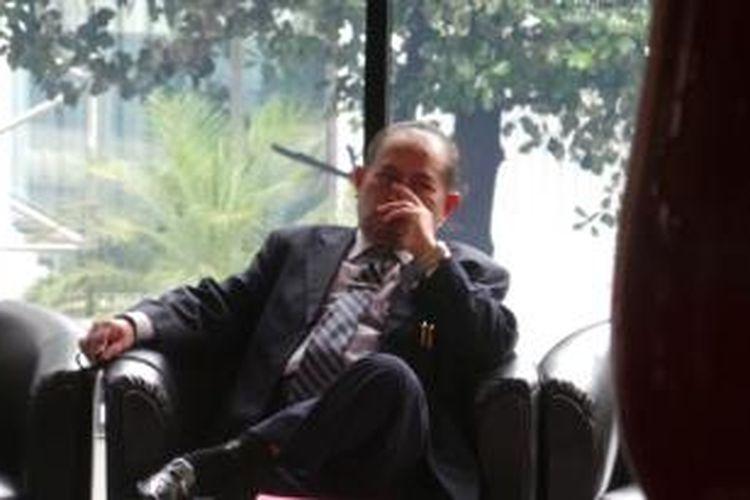 KPK memanggil Hakim Agung, Andi Abu Ayyub Saleh, untuk diperiksa sebagai saksi dalam kasus dugaan suap yang melibatkan pengacara Mario C Bernardo dan pegawai Mahkamah Agung (MA) Djodi Supratman, Selasa (3/9/2013).