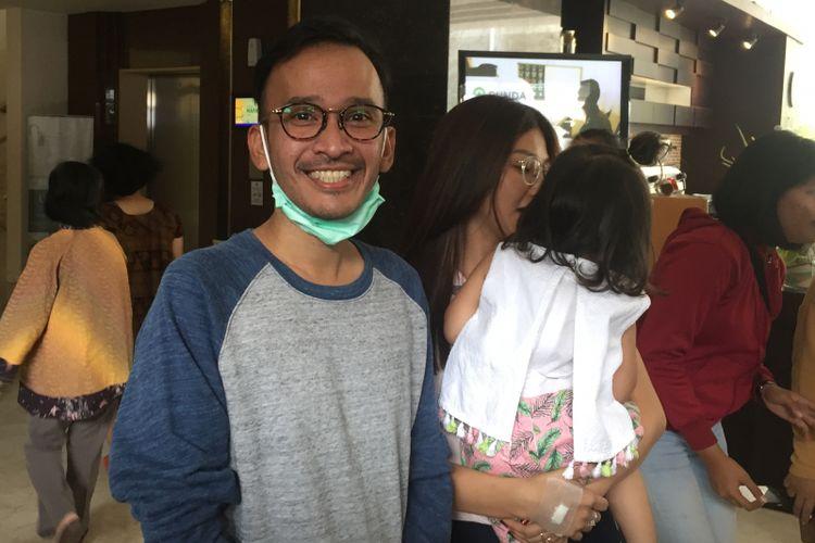 Ruben Onsu berpose di RSU Bunda Menteng, Jakarta Pusat, Sabtu (13/1/2018).