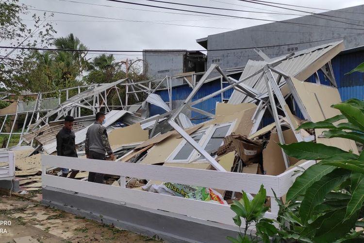 Sebanyak 126.459 rumah warga dan fasilitas umum di Nusa Tenggara Timur (NTT), rusak akibat Badai Seroja, banjir dan tanah longsor.