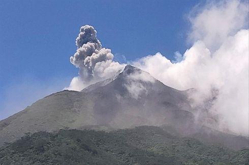 Senin Siang, Guguran Lava Gunung Karangetang Meluncur ke 4 Sungai