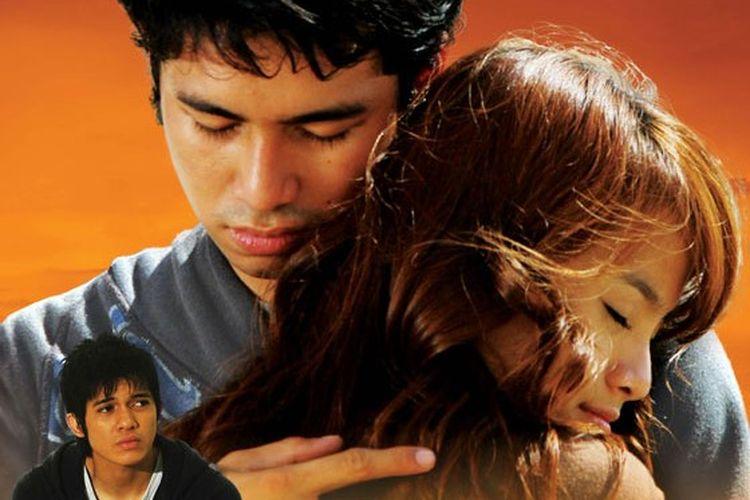 Film Love is Cinta dibintangi oleh Acha Septriasa, Irwansyah, dan Raffi Ahmad.