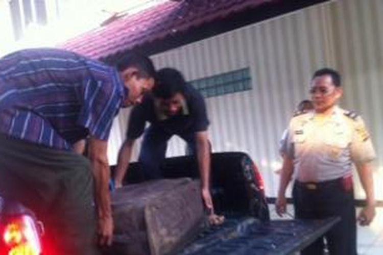 Koper yang digunakan untuk tempat membuang mayat wanita di daerah Bogor.
