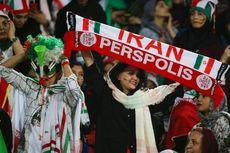 Kali Pertama sejak Revolusi 1979, Perempuan Iran Boleh Nonton Bola di Stadion