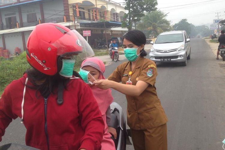 Kabut Asap Tebal Di Landak Kalimantan Barat Sekolah