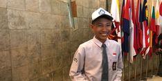 Sekjen Kemendag Serahkan Beasiswa pada Siswa Pulau Terluar