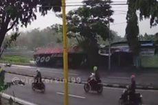 Viral Video Detik-detik Pengendara Motor Terlindas Truk Tronton di Jalur Pantura