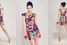 Tampil Memikat dengan Warna Cerah dan Gaun Mini