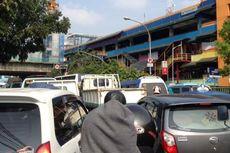 Ditertibkan, PKL Tanah Abang Sebut Direlokasi ke Blok G Bukan Solusi