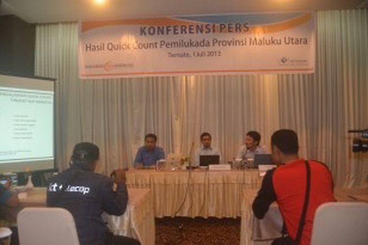 Lingkaran Survey Indonesia (LSI) merilis hasil perolehan suara sementara Pilgub Malut dimenangkan oleh pasangan Ahmad Hidayat Mus dan Hasan Doa, Senin (1/7/2013).