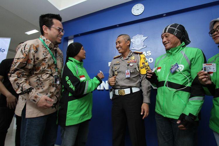 Peluncuran layanan pembayaran pembuatan dan perpanjangan SIM via GoPay di Satpas Polda Metro Jaya Daan Mogot, Jakarta Barat.