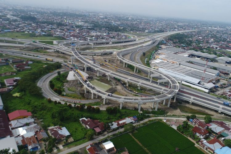 Jalan Tol Medan-Binjai.