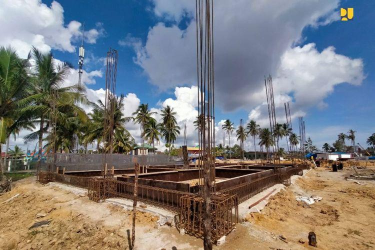 Pos Lintas Batas Negara (PLBN) Terpadu Sei Pancang, Kalimantan Utara yang sementara dibangun oleh Kementrian PUPR. Pembangunan konstruksinya ditargetkan selesai pada Desember 2021.