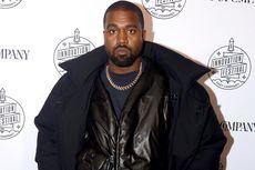 Keseringan Main Ponsel, Kanye West Disuntik Steroid di Tangan