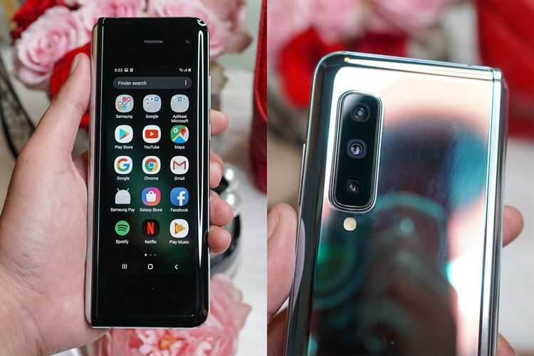 Galaxy Fold dalam keadaan terlipat. Di sisi luarnya terdapat layar kedua (Cover Display) berukuran 4,6 inci, berikut kamera selfie 10 MP (foto kiri). Kamera utamanya di bagian punggung ada tiga buah, terdiri dari kamera wide 12 MP (f/1.5-2.4), kamera telephoto 12 MP (f/2.4), dan kamera ultra wide 16 MP (f/2.2).