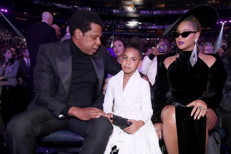 Artis musik Jay-Z dan istrinya Beyonce, serta putri mereka, Blue Ivy Carter, menghadiri 60th Annual GRAMMY Awards di Madison Square Garden, New York City, pada 28 Januari 2018.