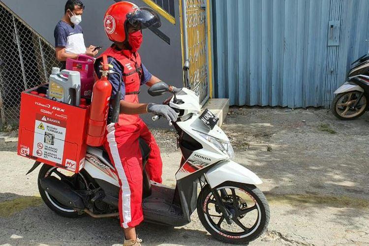 Program layanan Pesan Antar Pertamina atau Pertamina Delivery Services (PDS) yang merupakan program Pertamina dalam mendukung pencegahan penyebaran Covid-19 kini hadir di Kota Ambon dan Ternate, Maluku Utara, Jumat (1/5/2020).