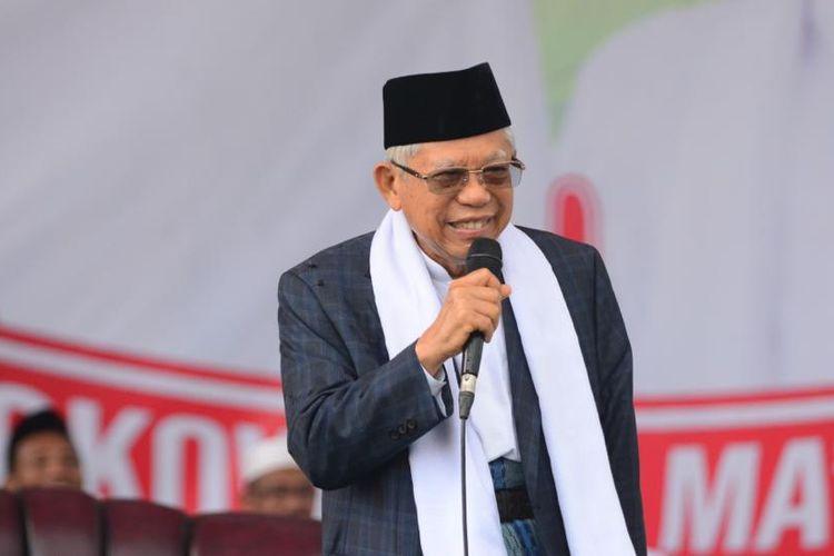KH. Maruf Amin saat berkampanye di hadapan puluhan ribu warga Pamekasan, Selasa (19/3/2019). Maruf Amin menyampaikan tentang kekosongan kader NU dalam kepemimpinan nasional setelah Gus Dur jadi presiden.