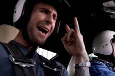 Nissan Tantang Vokalis Maroon 5 Bernyanyi di Kabin GT-R